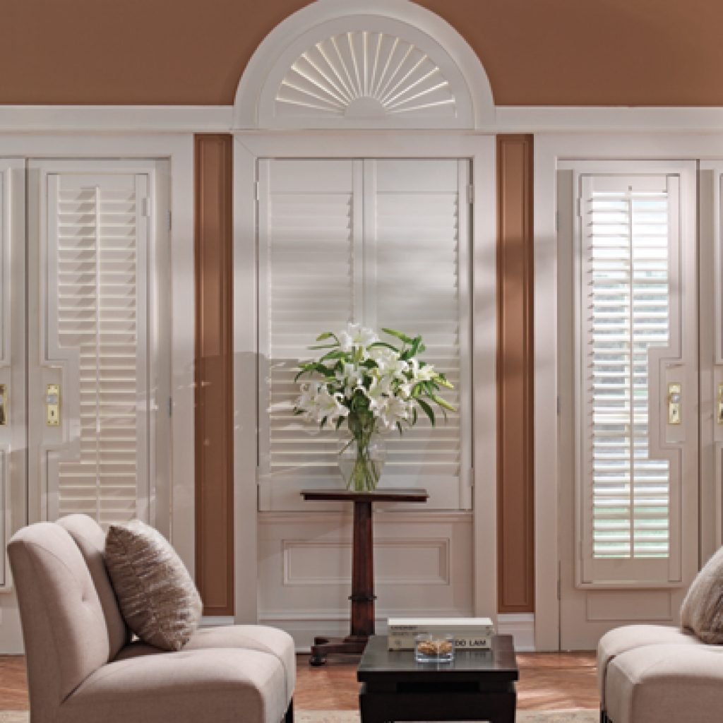 Custom blinds and window treatments holly everson designs for Window blinds with designs
